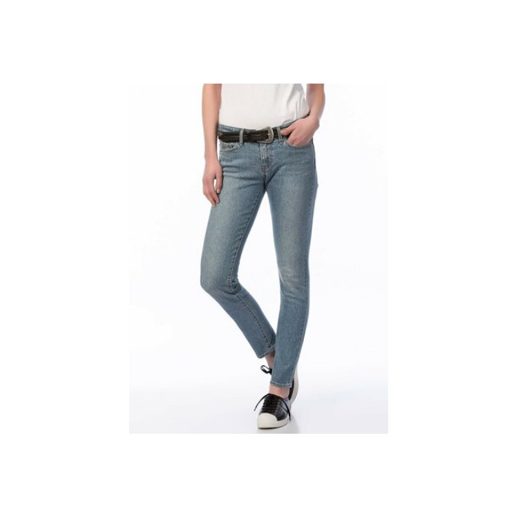 Levis 711Chica 18881-0100